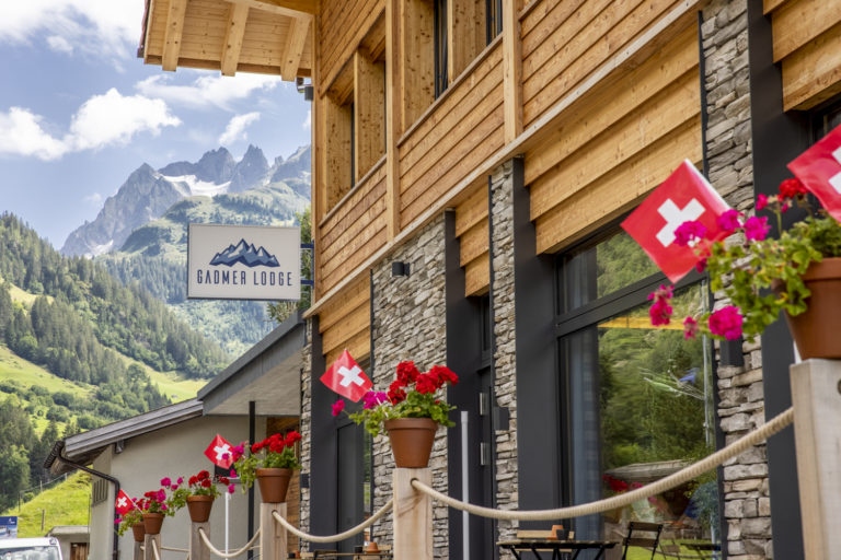 AcroYoga Retreat in the Swiss Mountains - Gadmer Lodge